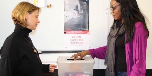Collecte de produits d'hygiène à INITIATIVES pour les femmes en précarité